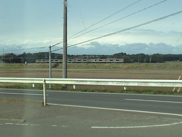 強風で電車停止